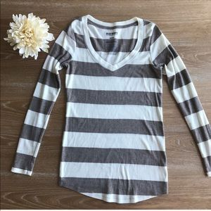 🛑6 for $30🛑 ON PERFECT FIT STRIPED LONGSLEEVE